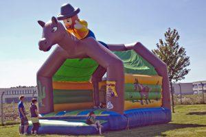 huepfburgen_cowboyhat_03